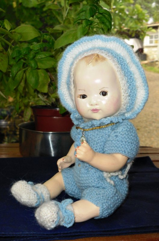 Bambino petit frère de Bleuette prêt pour le Grand Voyage